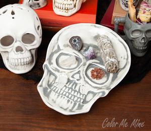 Studio City Vintage Skull Plate